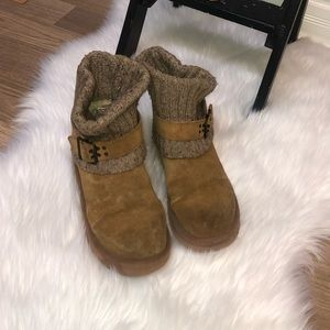 unique UGG boots, size 7